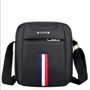 Other - 💼 Men's Stripe Detail Crossbody Bag Black